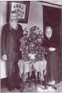 Cyprien Puech et Marie Matet dans un studio de photo