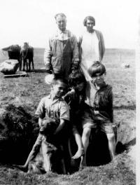 Hervé et Marie-Anne Jeannotte avec leurs enfants