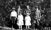 Jean-Pierre Picton et Antoinette Picton et leurs enfants