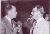 L?honorable Pierre-Elliot Trudeau avec Paul Rivière