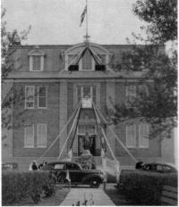 La façade du Collège Mathieu