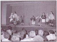 Le début des années 1980 voit la création à Gravelbourg de la troupe des danseurs
