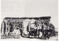 Les Première habitations des colons