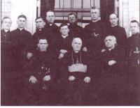 Mgr Olivier-Elzéar Mathieu et l?abbé Charles Maillard