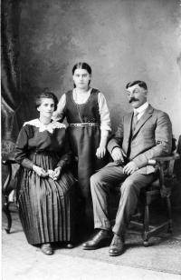 Rosario Gareau (fils d'Azarie) avec son épouse