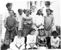 Quelques-uns des élèves de l'école Éthier