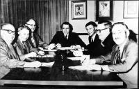 Réunion de la vente de CFNS et CFRG à Radio-Canada en 1973