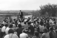 Roland Stringer prononce un discours patriotique